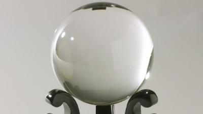 『完全な球体は接地することがないから浮く』←これマジ? 数学って詭弁家?